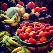 apples-bananas-basket-220911